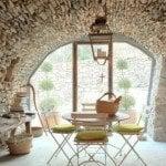 Italian Farmhouse Decor Goes Minimalist - The New Rustic Decor