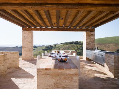 outdoor cooking and dinina area at Casa Olivi