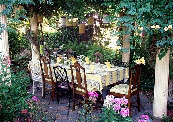 detail your outdoor decorating -  decoist