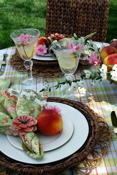 floral napkins - homeiswheretheboatis