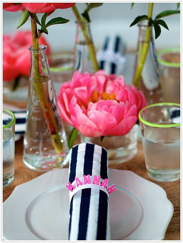 Cool Table Setting Ideas for Outdoor Entertaining ...