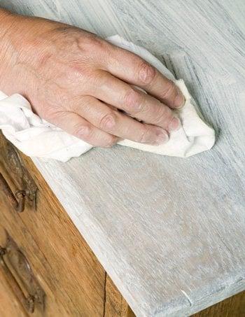 Waxing Techniques Chalk Paint
