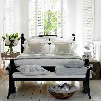 floorboards and linen