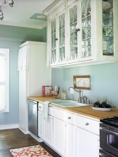 sky blue kitchen walls