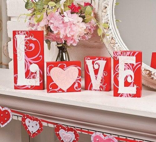 Love blocks - Valentine's Day decorations