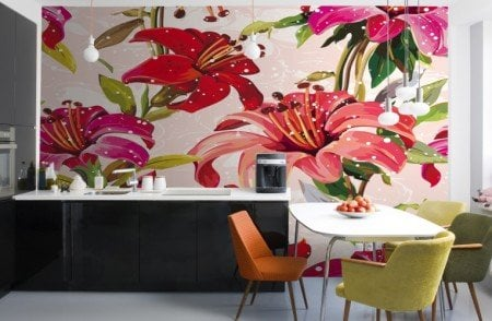 Design-Red-and-Pink-Illustrated-Flowers-Mural-Room