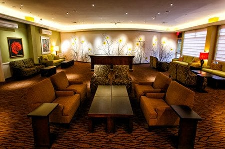 Hilton-Garden-Inn-Project-Grow-Lobby-Lounge-Garden-Wall