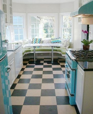 diner style kitchen decor