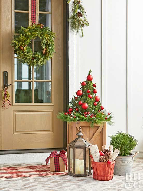 holiday doorstep decorations
