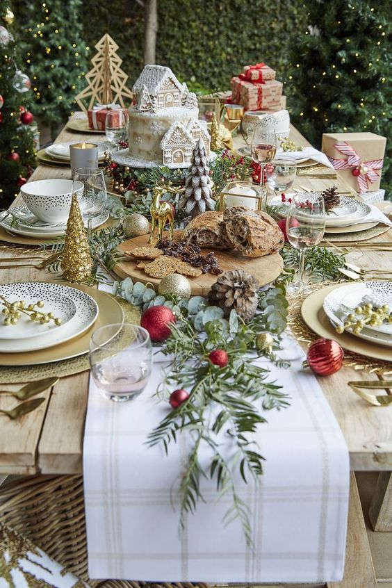 Farmhouse Rustic Country Christmas Table Decorations Decorated Life