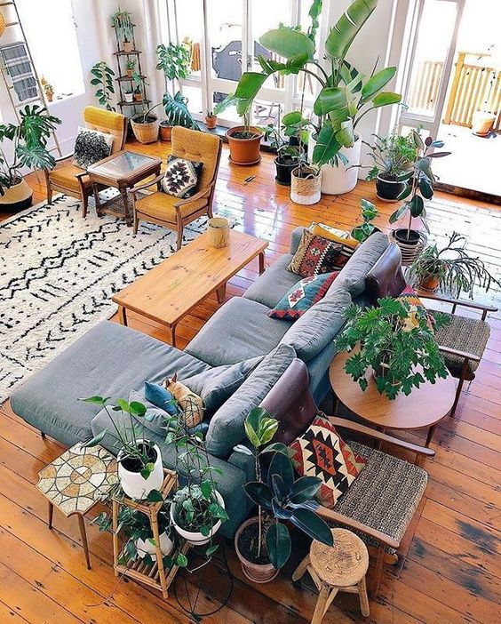 30 Boho Living Room Ideas - Bohemian decor inpsiration for your living room. Beautiful boho rooms to get you inspired for your own bohemian space.