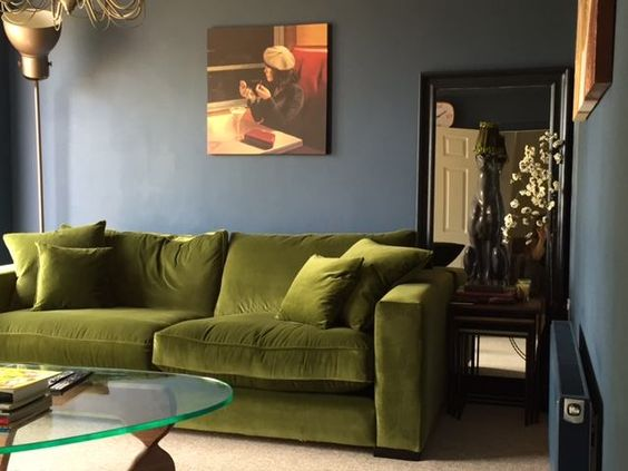 Sofa in Moss Green Velvet