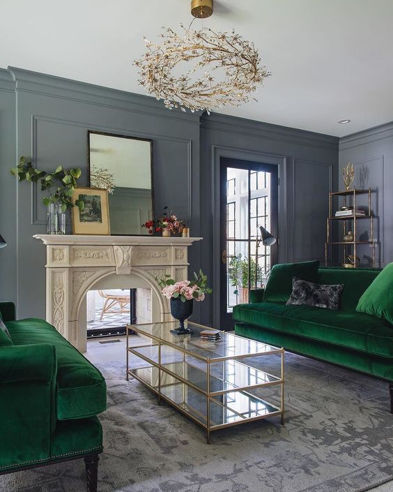 Wow! @jeanstofferdesign thank you for including the Mystic Medallion Rug in the most gorgeous living room we
