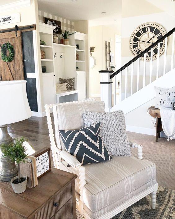 Farmhouse armchair