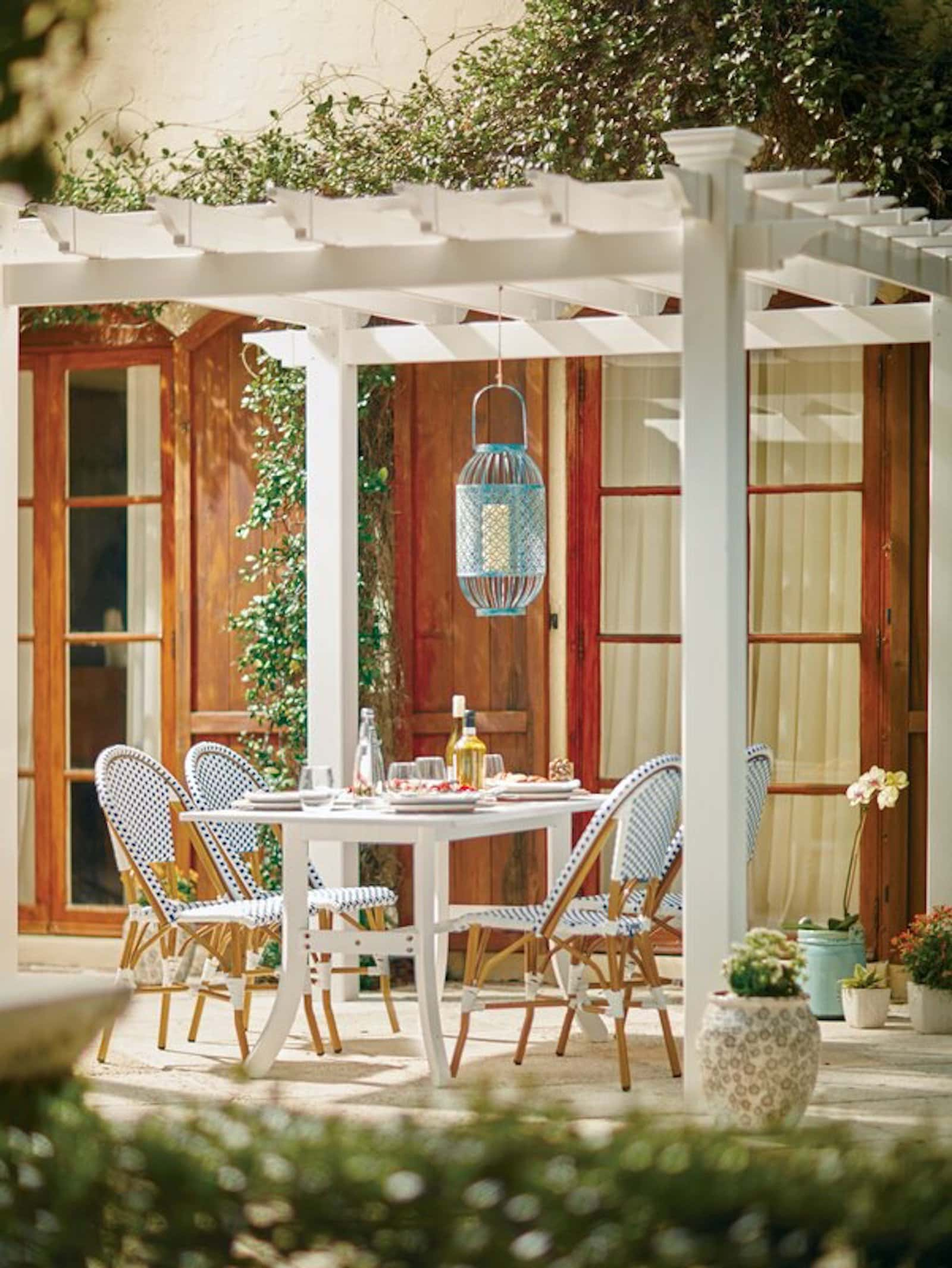 Build a Pergola and Keep It Bare