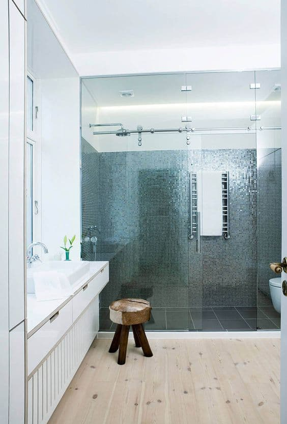 Get a Metallic Look With Shiny Tiles