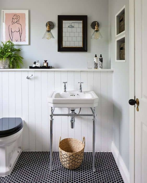 Make a Statement With Navy Floors