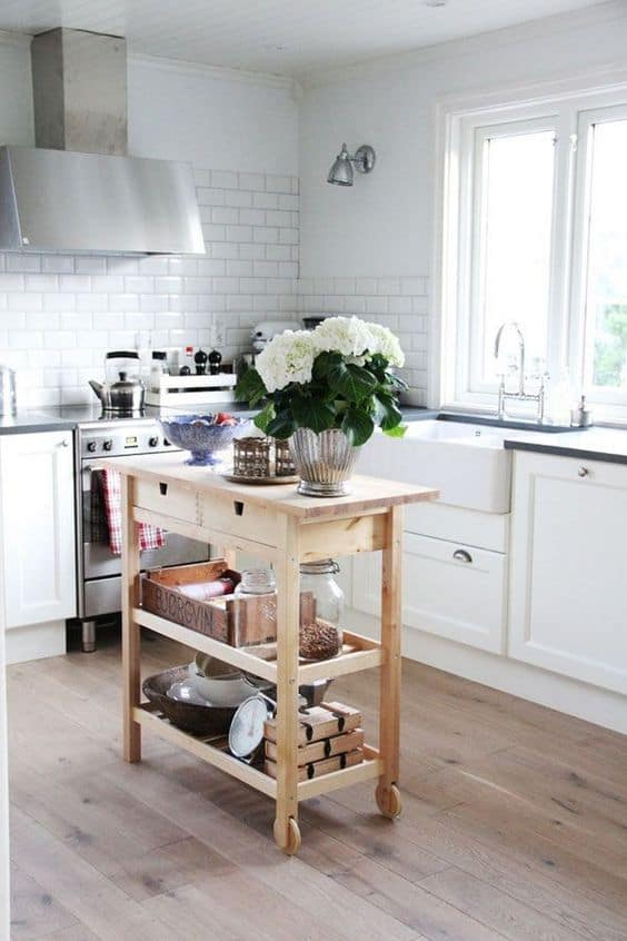 Kitchen Island for Small Kitchens