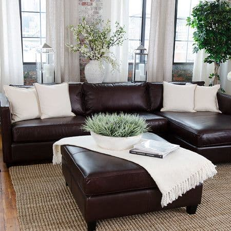 Plain White Pillows Can Create a Lot of Elegance
