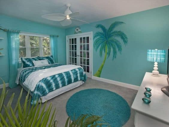 Paint a Coastal Scene on an Accent Wall