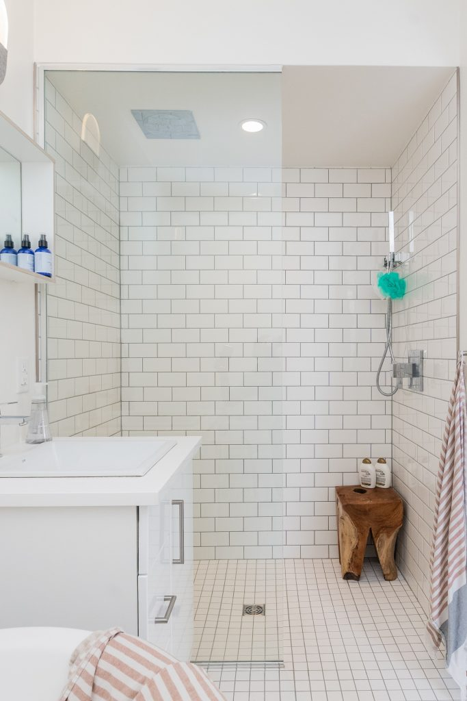 29 Ideas For Gorgeous Shower And Bathroom Tiles