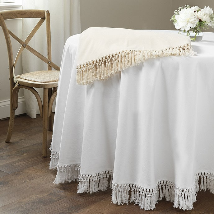 Soften the Table Appearance With a Tablecloth