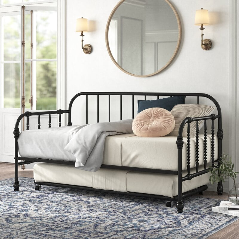Daybed With a Trundle