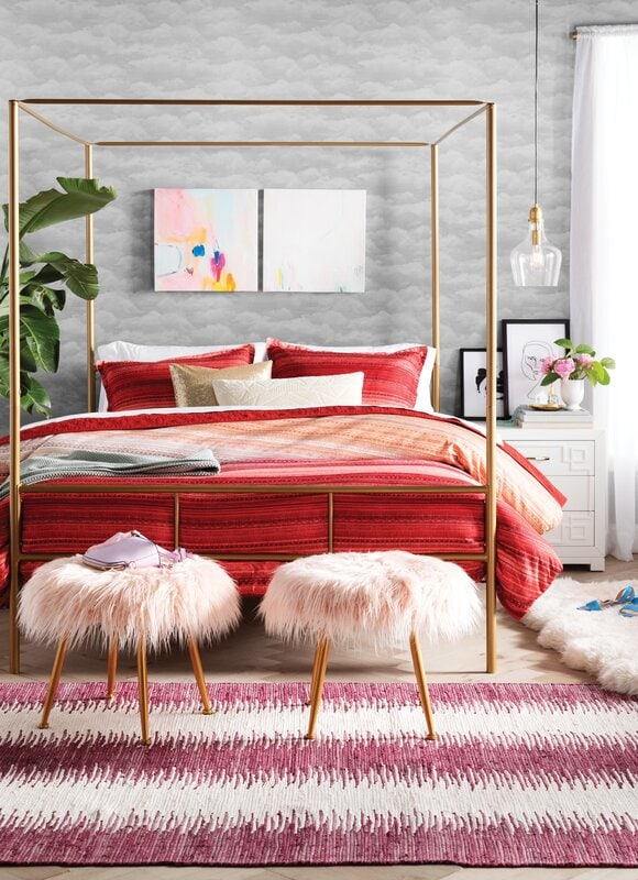 Get A Four Poster Bed