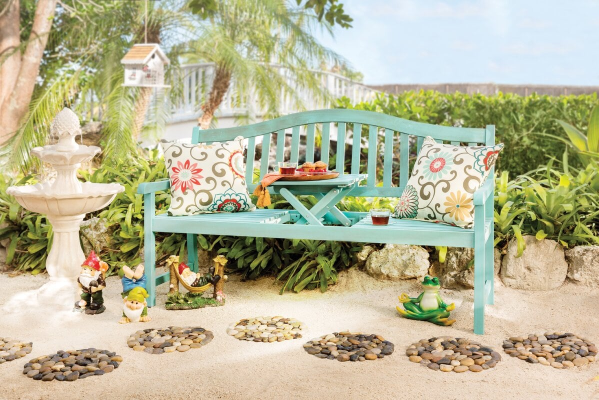 <strong>Create a Picnic Garden for Gnomes and Kiddos</strong>