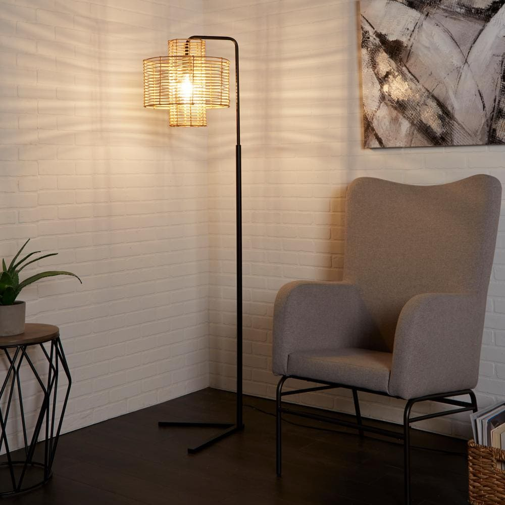 Floor Lamp With the Right Shade
