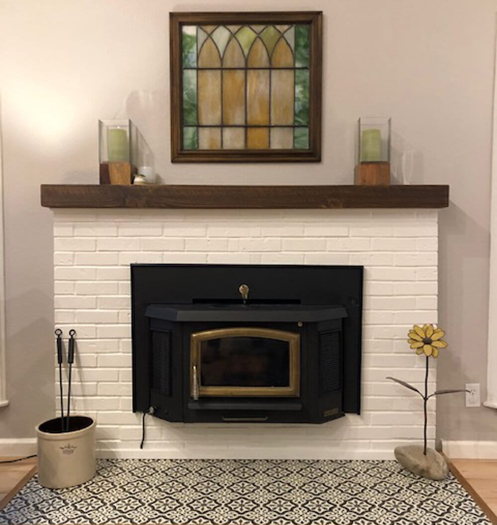 <strong>Dress Up Your Fireplace with Stained Glass</strong>
