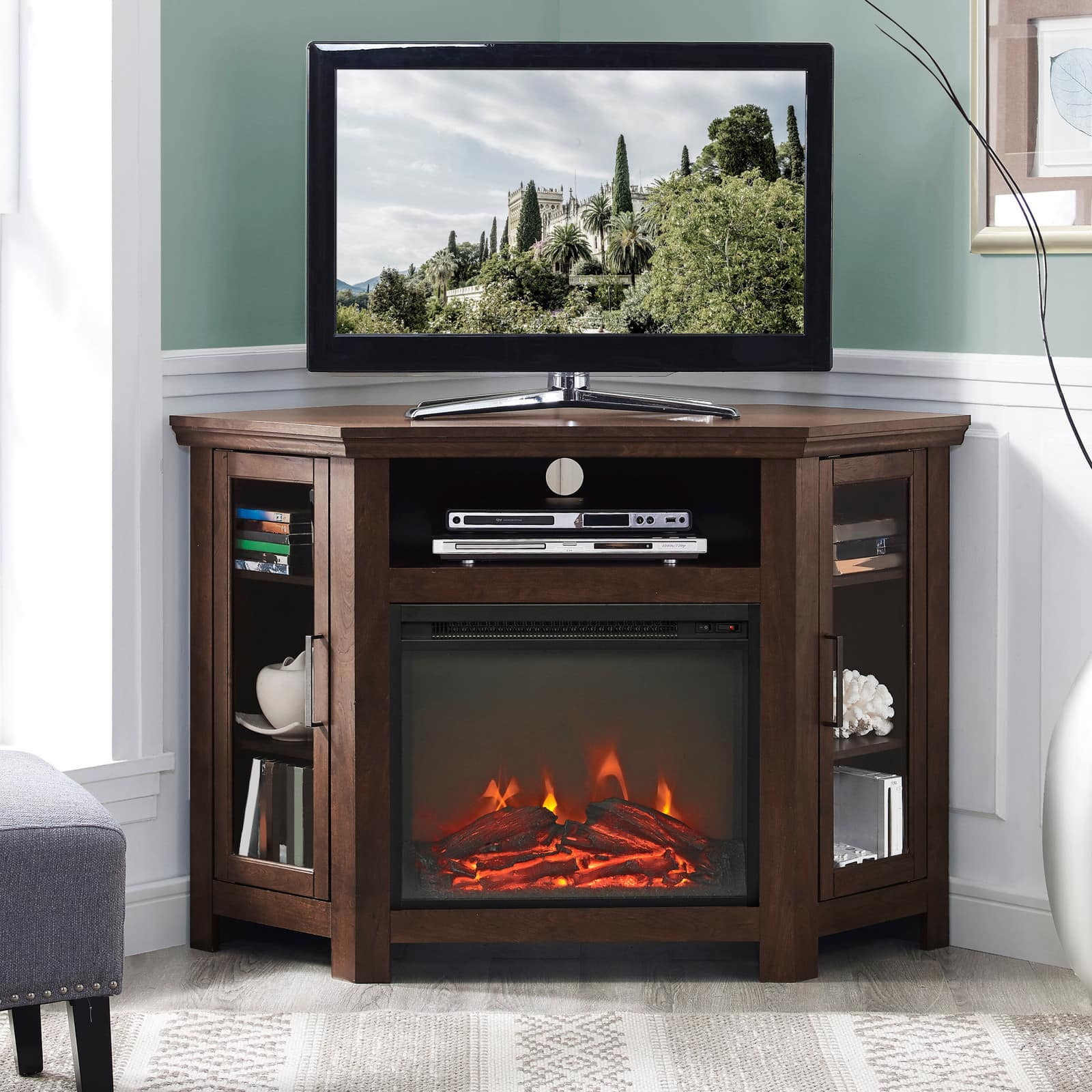 <strong>A Fireplace and TV Stand in One</strong>