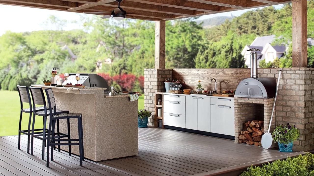 <strong>Build a Charming Mixed Materials Kitchen Space</strong>