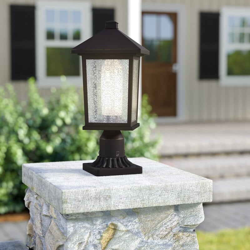Brick Pillar Light