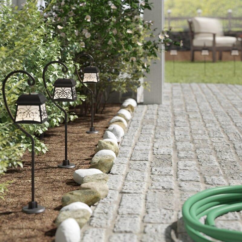 Hanging Lantern Pathway Lights