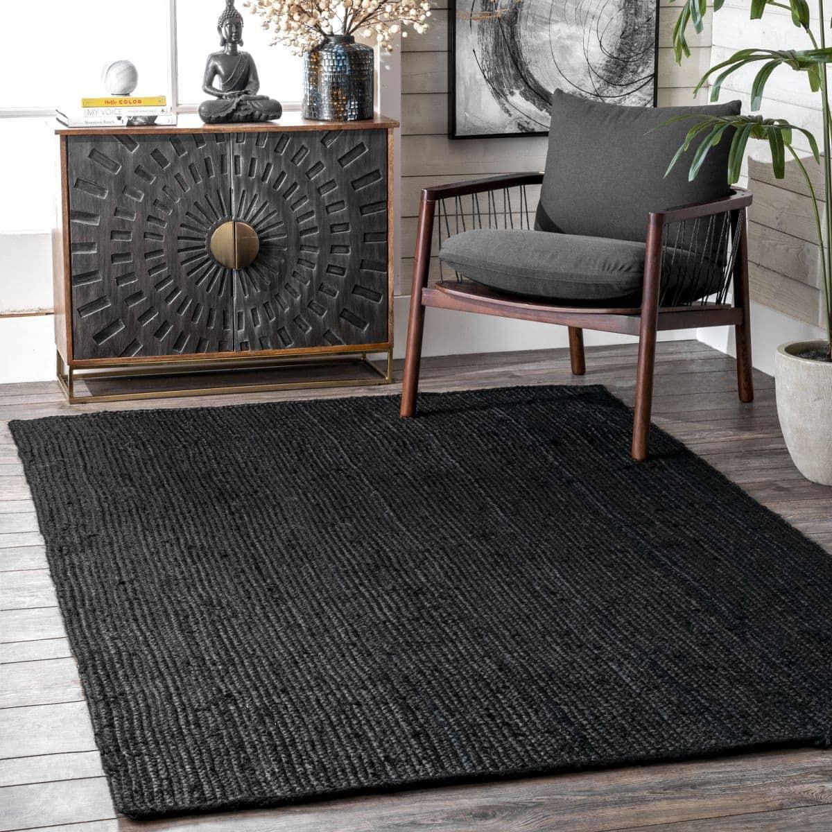 Go Dark With a Black Rug on Dark Wood Floors