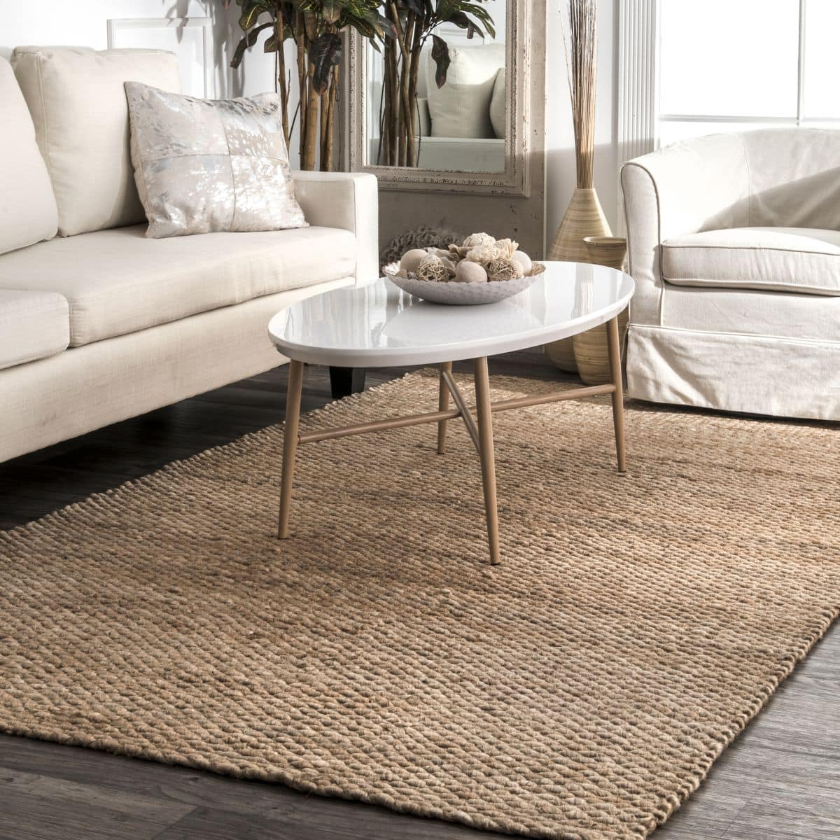 Add a Natural Element to Your Room With a Jute Rug