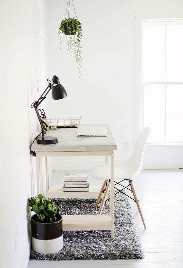 18 DIY Computer Desk Ideas That Will Save You a Lot of Money
