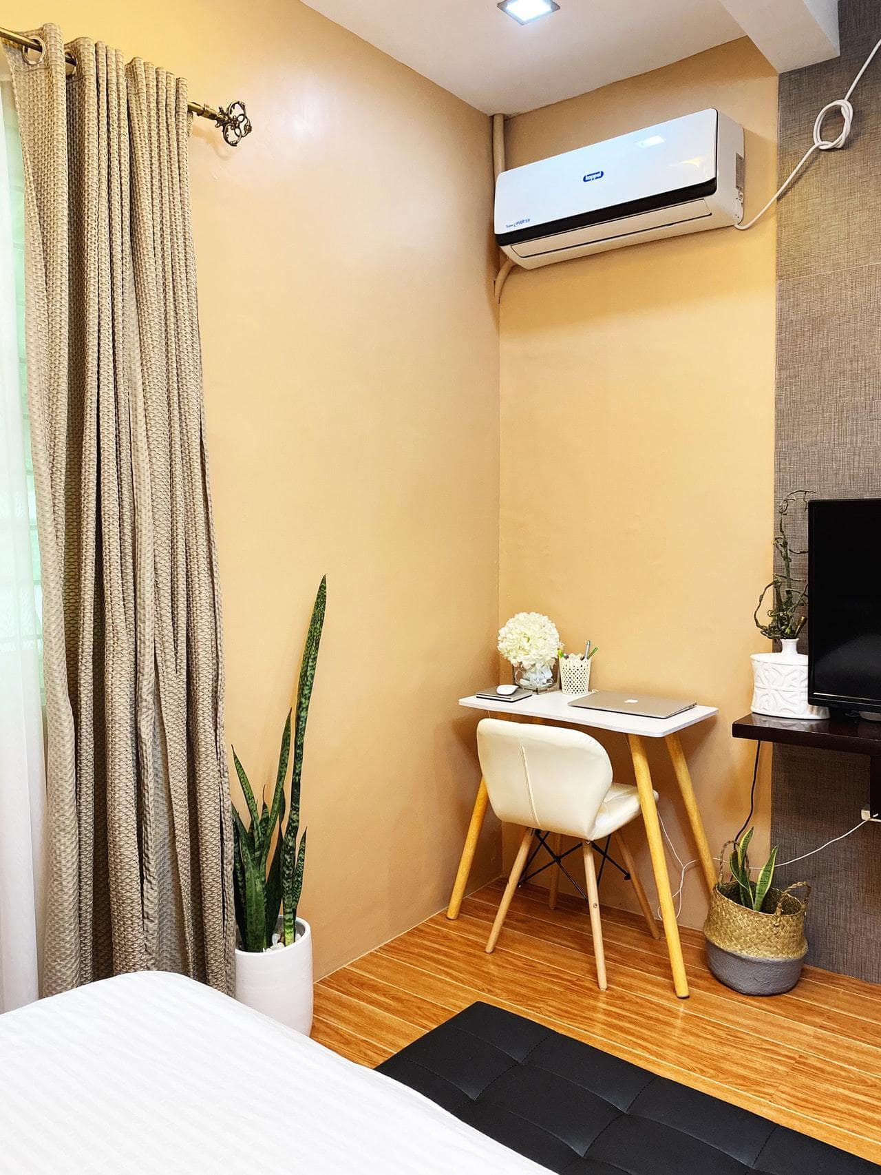 Beige Curtains With Yellow Walls
