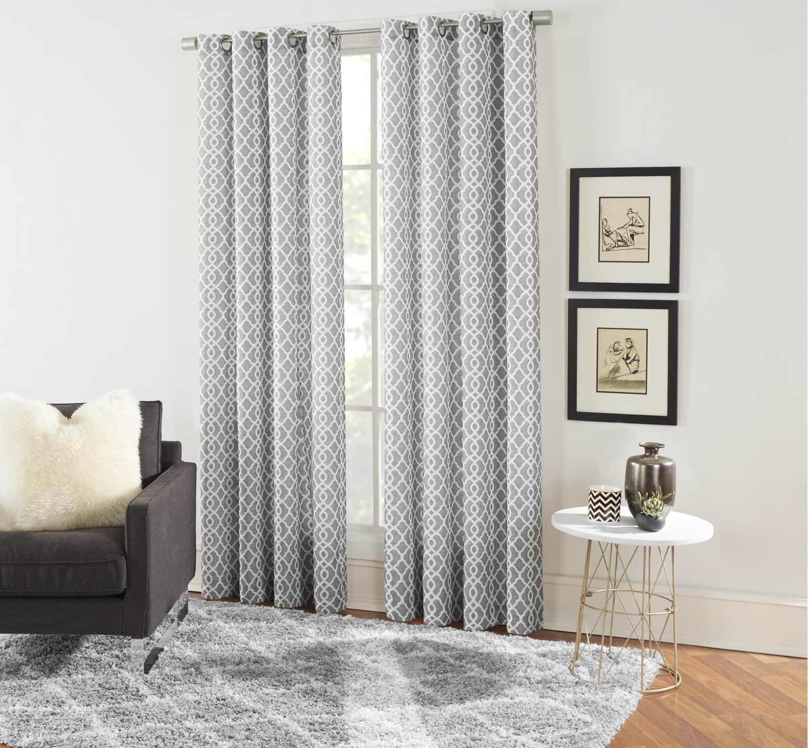 Light Grey Patterned Curtains For a Simple, Chic Look