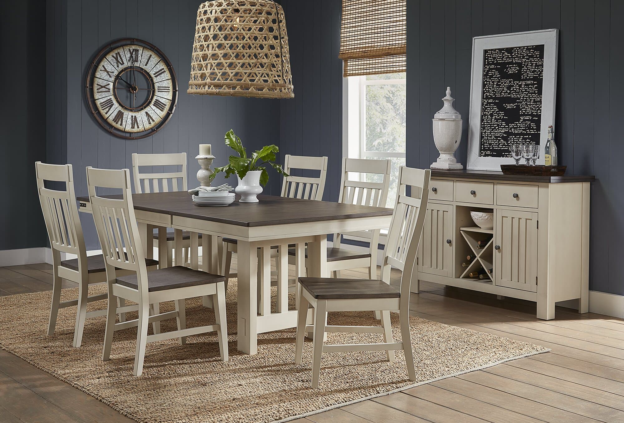 Butterfly Leaf Rubberwood Solid Wood Dining Table