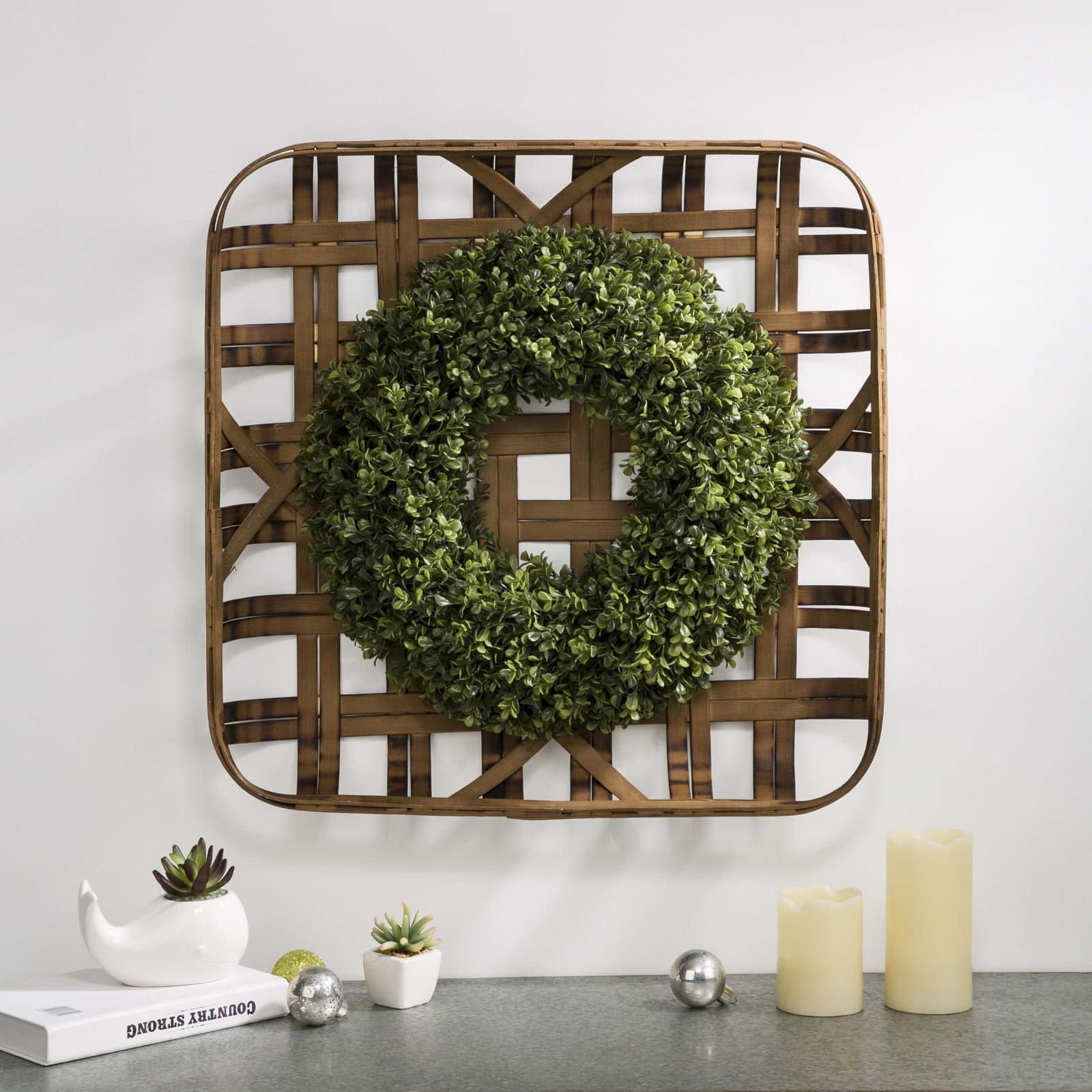 Bamboo Tobacco Basket With Wreath
