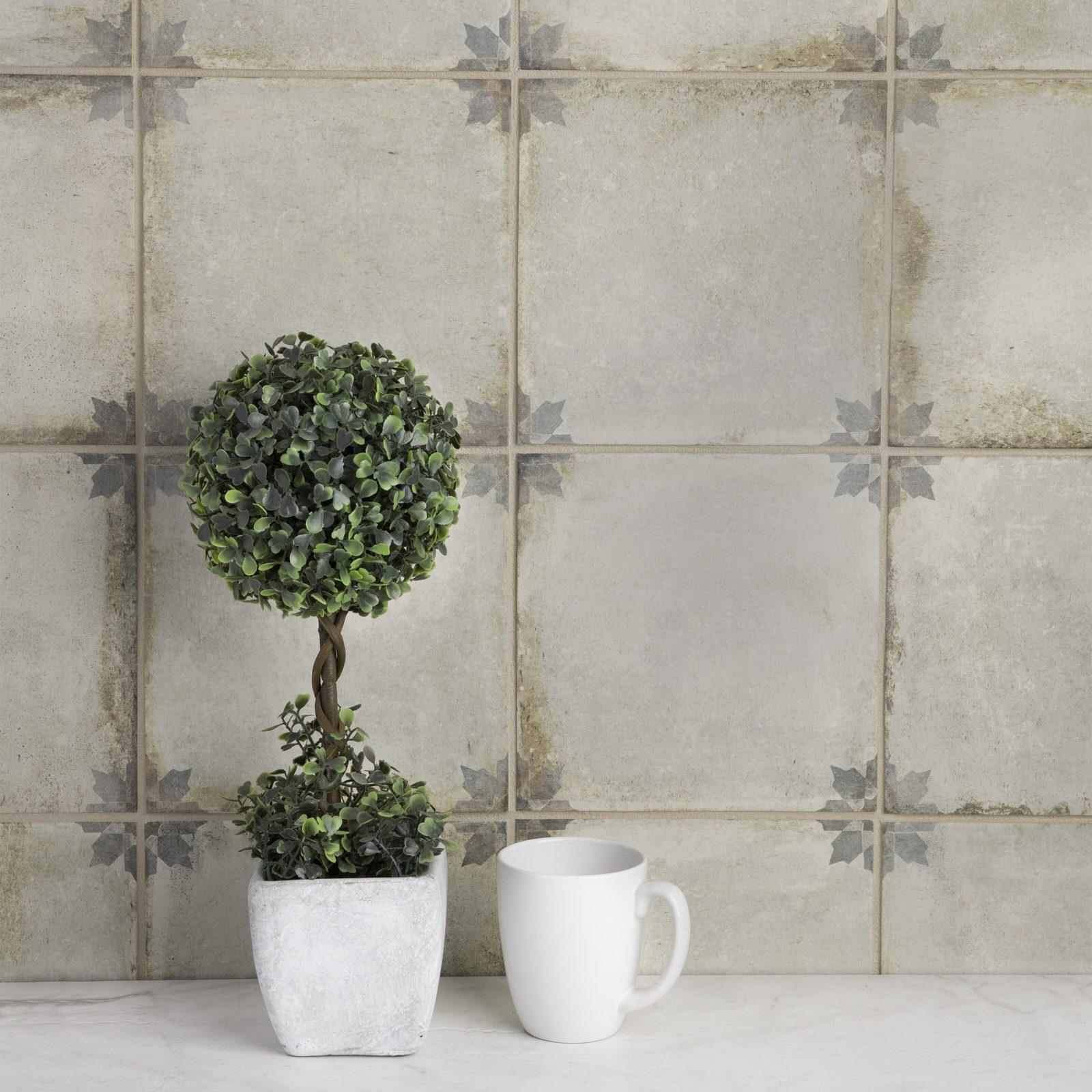Aged but Manmade Patterned Tile Backsplash