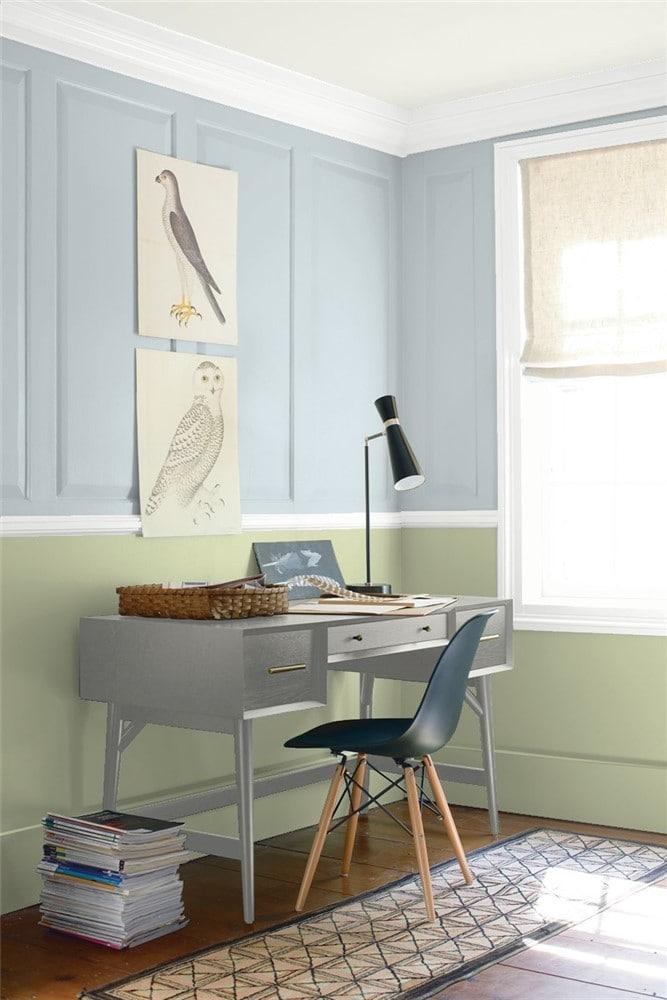 10 Office in Gentle Gray by Benjamin Moore 1