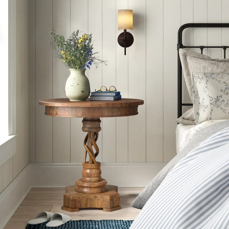 Use a Pedestal Nightstand for a Classical Look