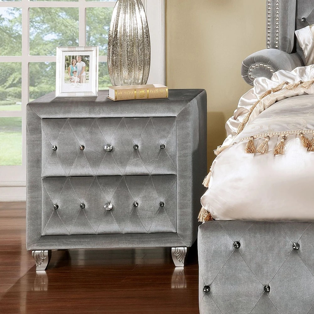 Make Your Room Luxurious With an Upholstered Nightstand