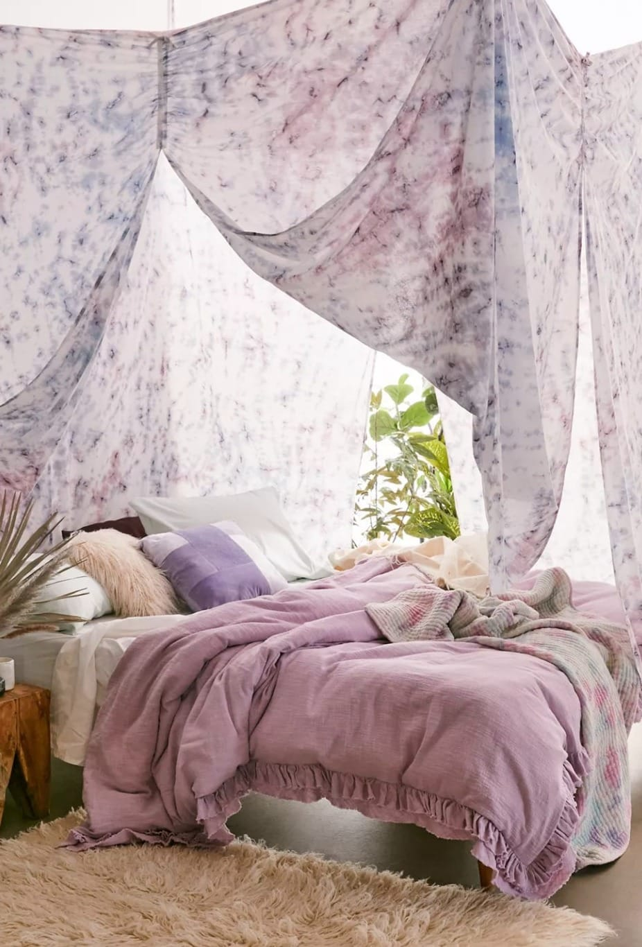 Turn your Bed into the Ultimate Den with a Canopy
