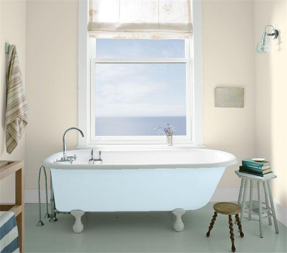 5 Bathroom in Edgecomb Gray by Benjamin Moore