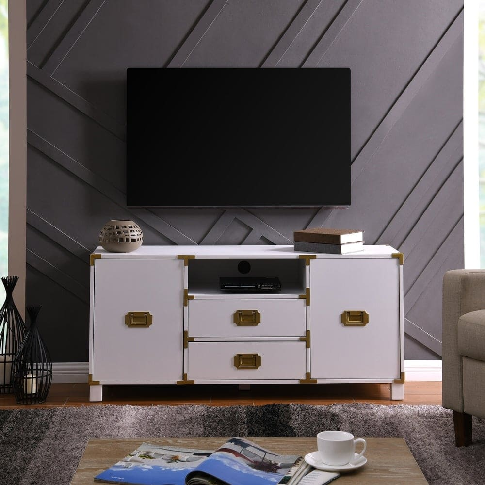 Give Your Room a Stylish Look