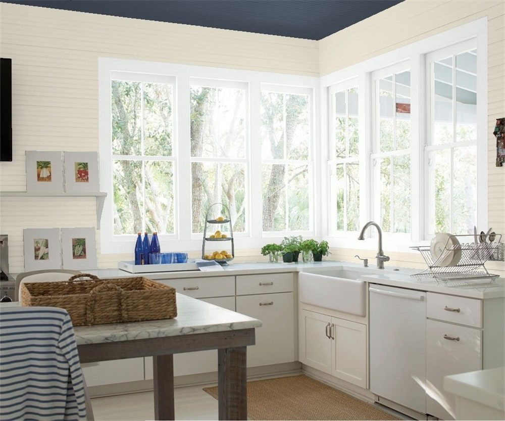 7 Kitchen in Edgecomb Gray by Benjamin Moore